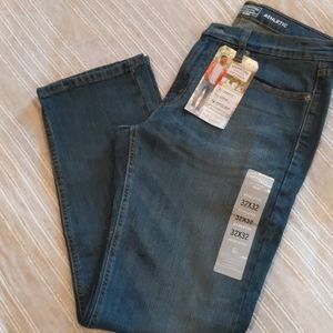 NWT Levi's Strauss Athletic Fit 32 x 32